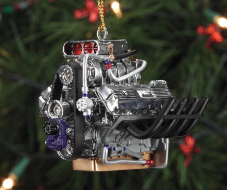 Que nunca falte un V8 en tu arbolito?