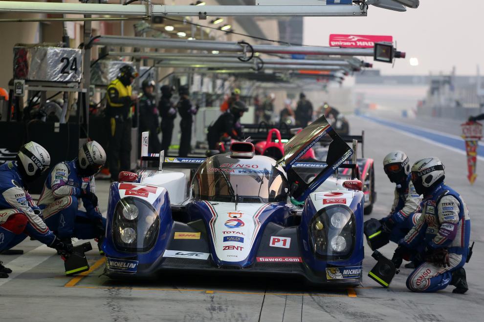 Toyota copó la primera fila en Bahrein, con Wurz-Nakajima-Lapierre en el mejor lugar de partida.