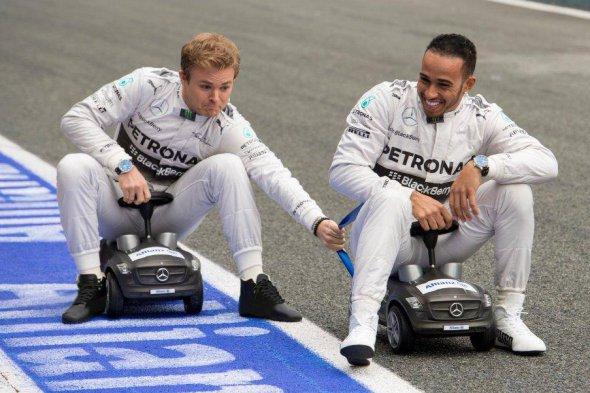 Síntesis de Malasia F1, Rosberg siguiendo a Hamilton de cualquier manera...