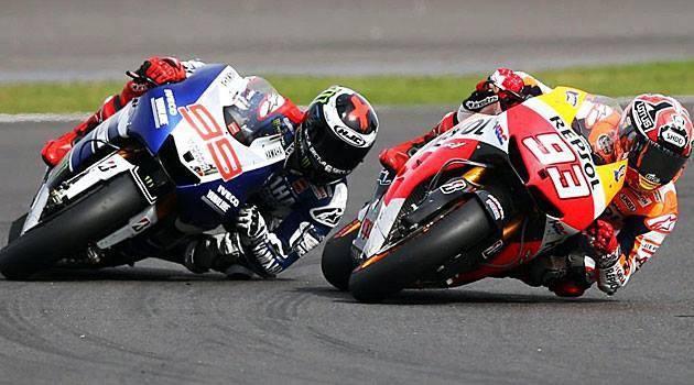El eje del GP argentino de motociclismo, la batalla entre Márquez (93) y Lorenzo (99)...