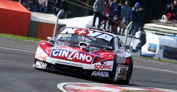 Rossi, figura descollante en el marco del dominio abrumador de Chevrolet...