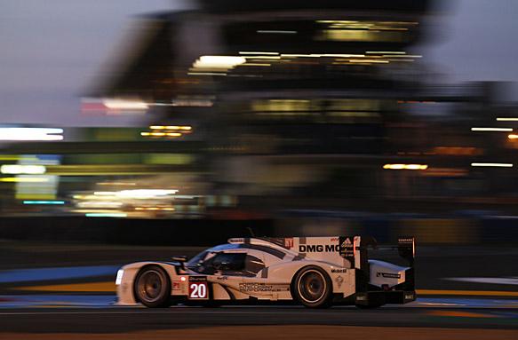 A más de 241 km/h de promedio, el trío Bernhard-Webber-Hartley, se adueñó de la pole provisoria?