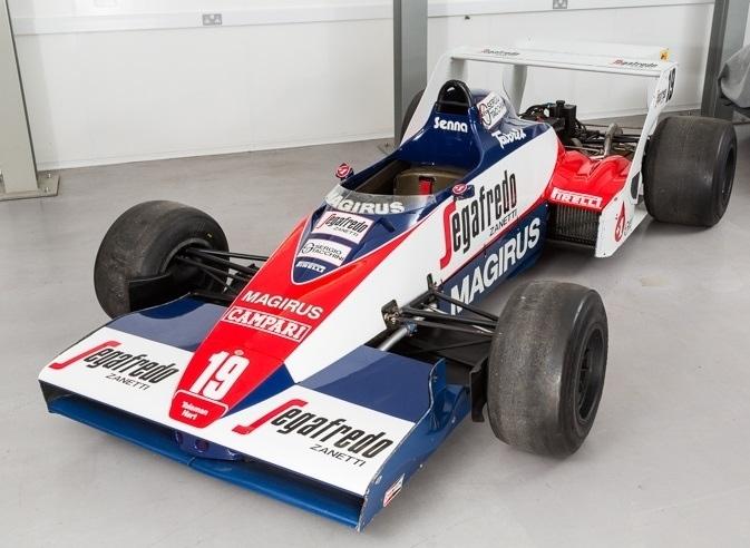 El Toleman-Hart con la última decoración que utilizó en carrera...