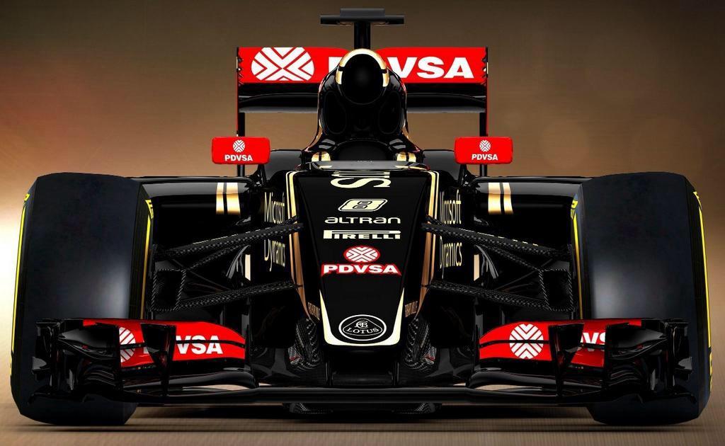 La nueva sección frontal es producto de las nuevas reglas de la FIA. En este caso, está diseñada para permitir el máximo flujo de aire hacia atrás y funcionar en combinación con el spoiler delantero creando algo de carga aerodinámica...