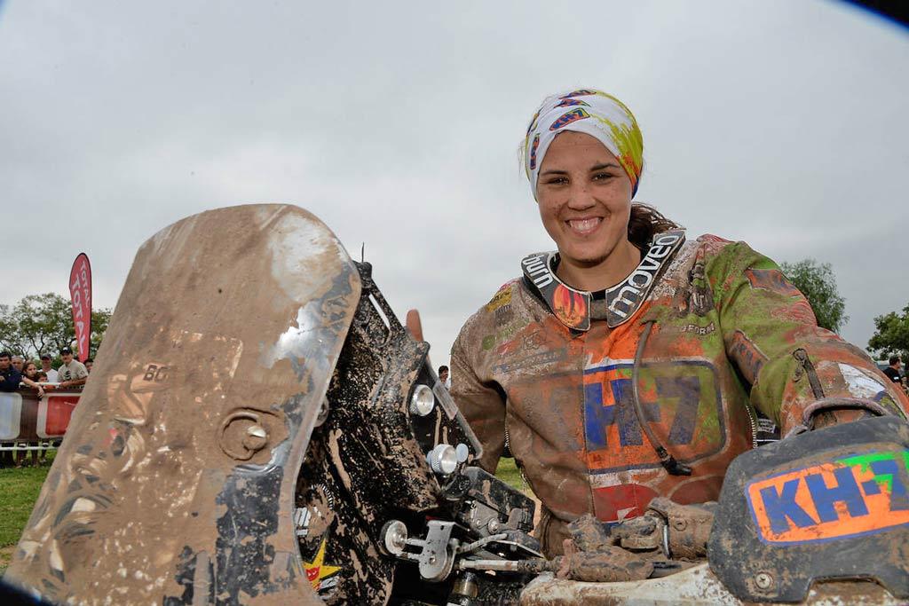 Su consagratoria carrera en el último Dakar (nunca una mujer llegó entre los 10 primeros) impulsó a Laia Sanz, no solo al protagonismo de la prueba, sino hacia las propuestas que comenzaron a surgir luego de su gran actuación...