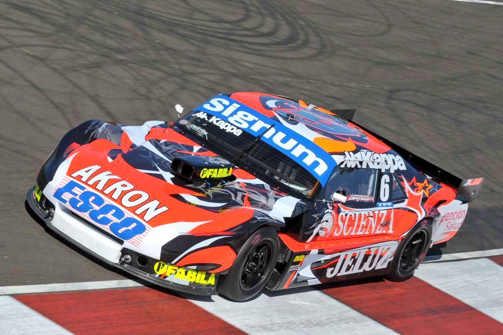 El Chevrolet (¿?) con el motor Berta multiválvulas de Ortelli, ganador de la primera carrera de una nueva era...
