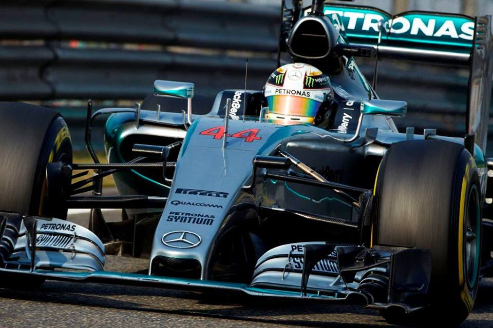 Hamilton dominó con firmeza en Sakhir. La necesitó para contener a las Ferrari que ya dejaron de ser un espejismo...