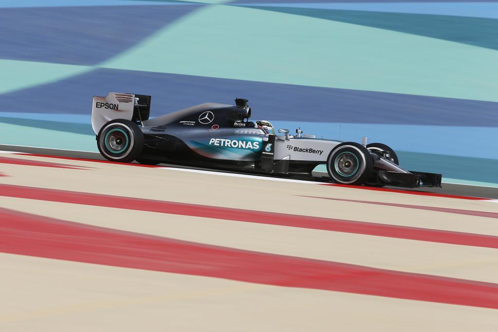 Impresionante seguidilla del campeón 2014 para lograr su cuarta pole consecutiva en 2015. Su gestión salvó el largo invicto de Mercedes...