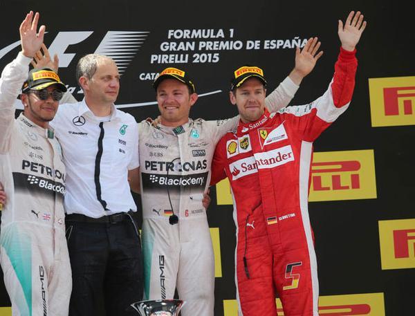 El podio de España no hizo más que repetir a los protagonistas de las últimas carreras, aunque la inversión del orden, con Rosberg al tope, reabrió la lucha por el título 2015...