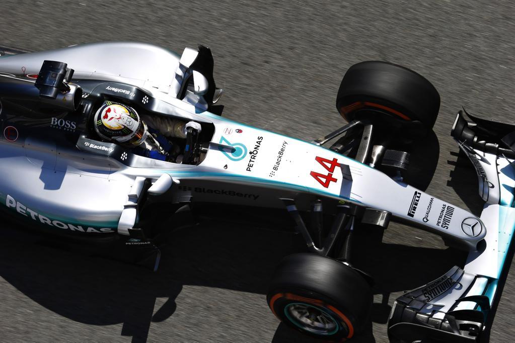 """Primera pole para Hamilton luego de 0cho presentaciones en Montecarlo, coincidió con su compañero Rosberg que lograr el mejor tiempo aquí era, """"el 80% de la victoria""""..."""