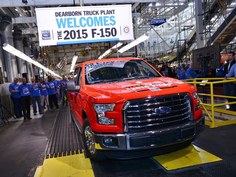 Se inicia en la planta de Dearborn la producción de la nueva F-150 de aluminio...