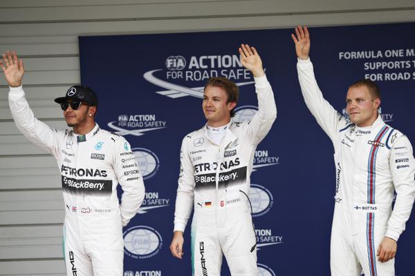 Rosberg, con Bottas 3º (der) y Hamilton 2º (izq)...