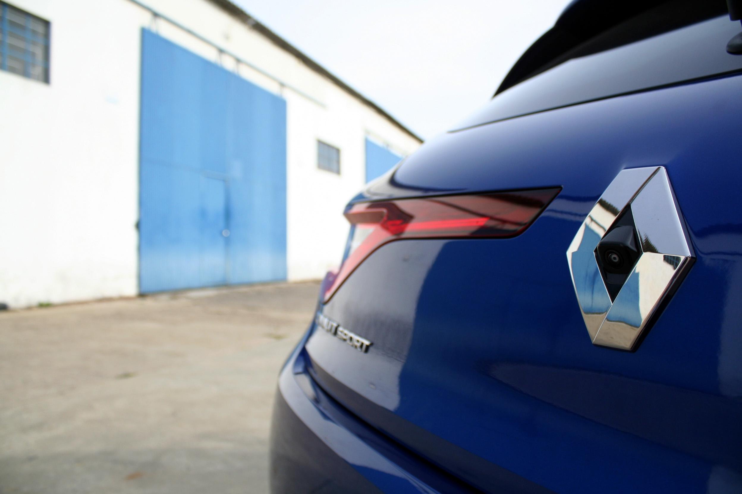 Renault-Mégane-GT-2016-18-détail-extérieur