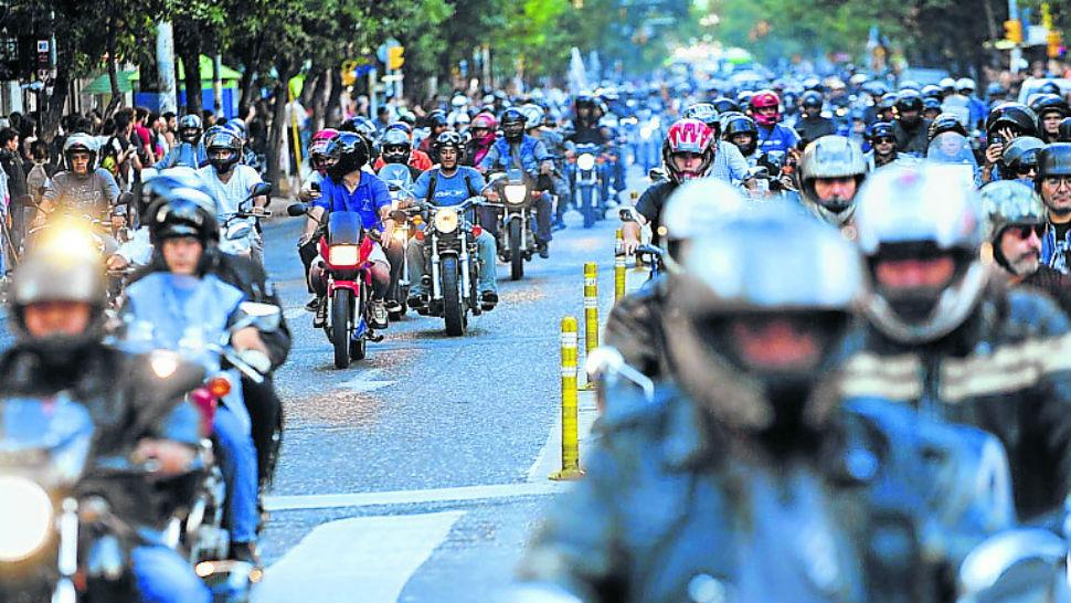 83370-Marcha-motos