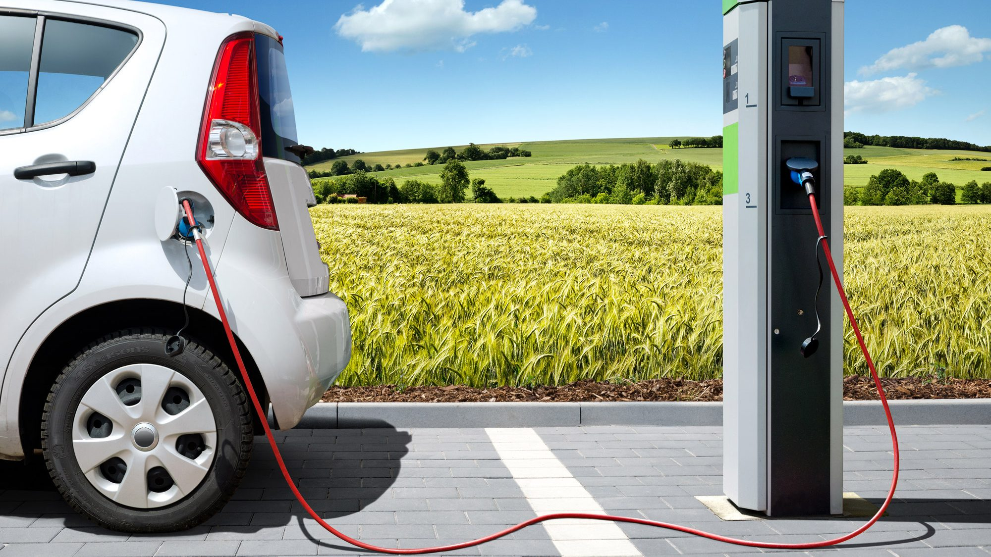 auto-elettrica-e1476972258930