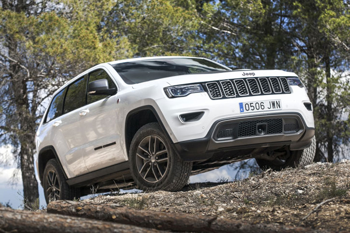 Jeep-Grand-Cherokee-Trailhawk-abrir