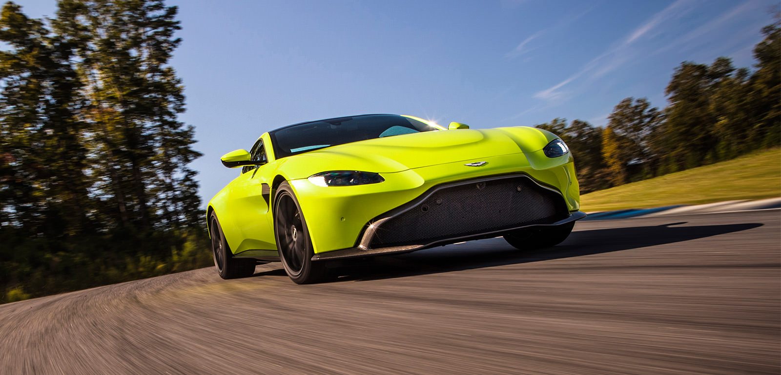 New-Aston-Martin-Vantage-main