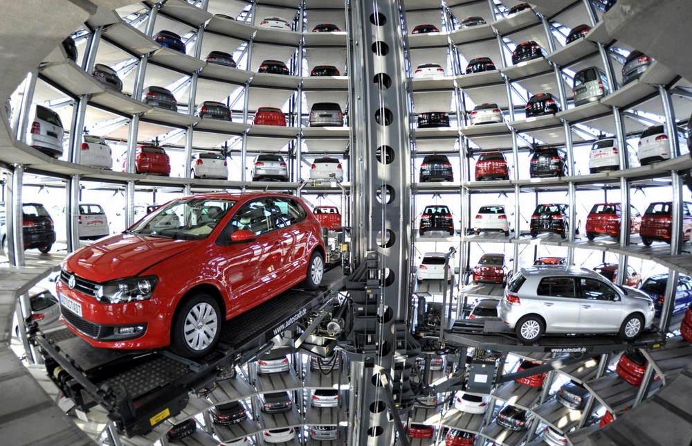 Volkswagen Golf VI are stored at the 'CarTowers' in the theme park Autostadt next to the Volkswagen plant in Wolfsburg, Germany, in this March 10, 2010 file photo. Volkswagen denied a media report that said Winterkorn was to be replaced amid an emissions scandal that has rocked the company. REUTERS/Morris Mac Matzen/Files