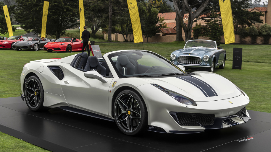 01-ferrari-488-pista-spider-pebble-beach-1