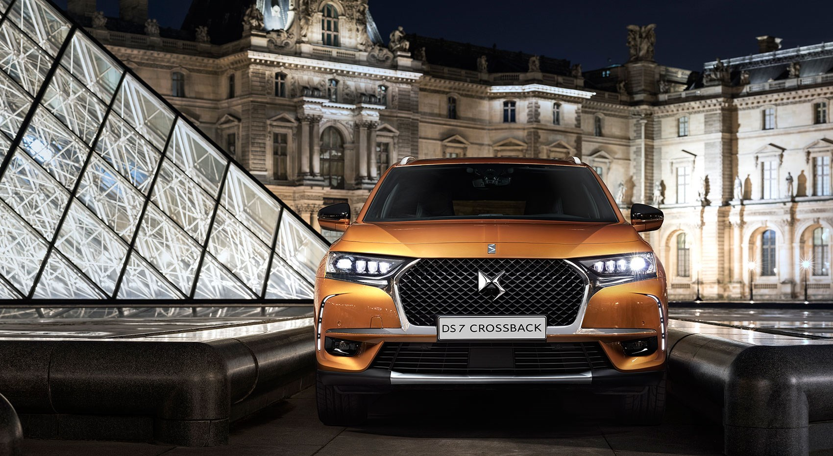 new_ds7_crossback_03