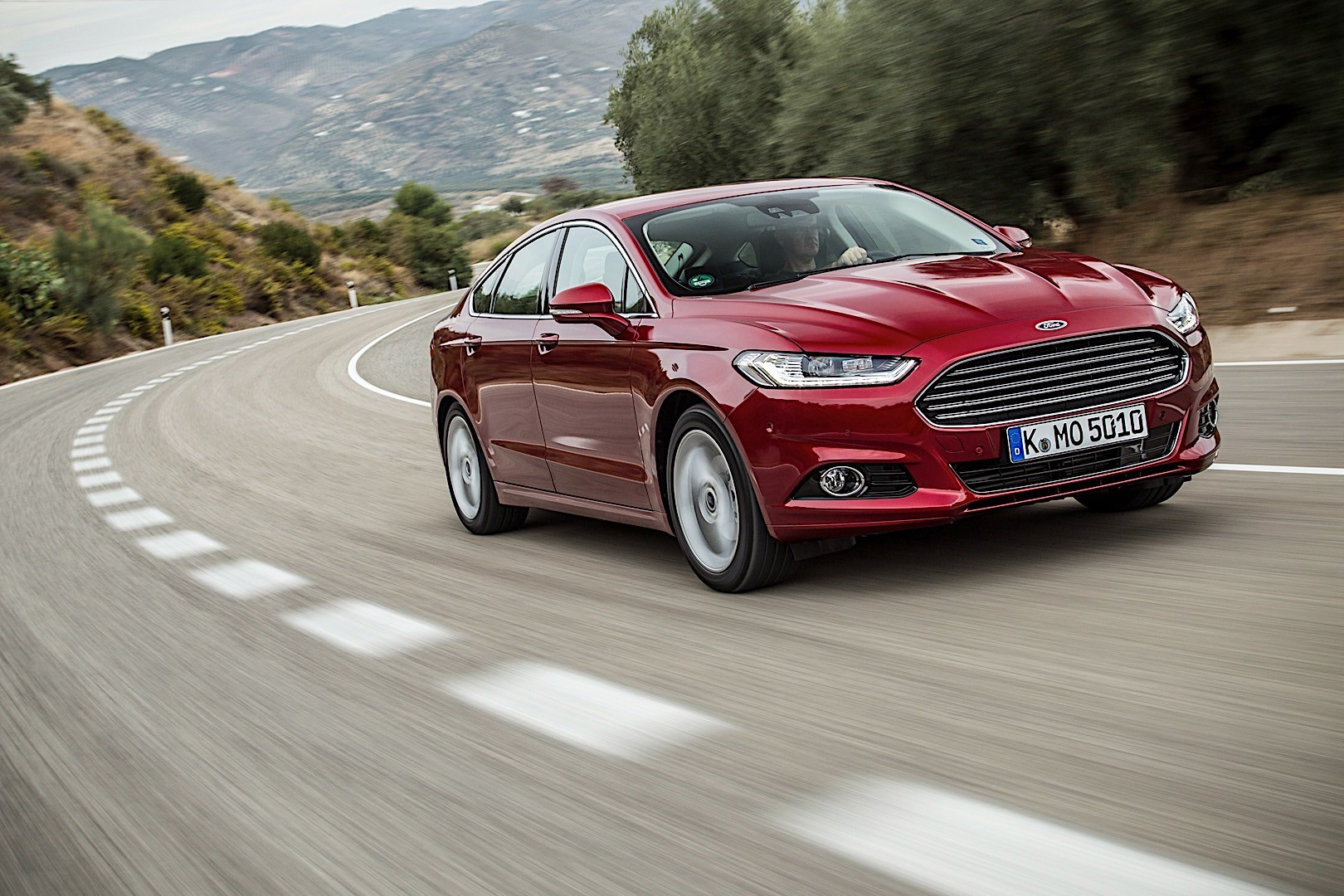 FORD-Mondeo-Hatchback-5960_17