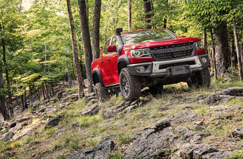 2019-Chevrolet-Colorado-ZR2-Bison-004-1024x669