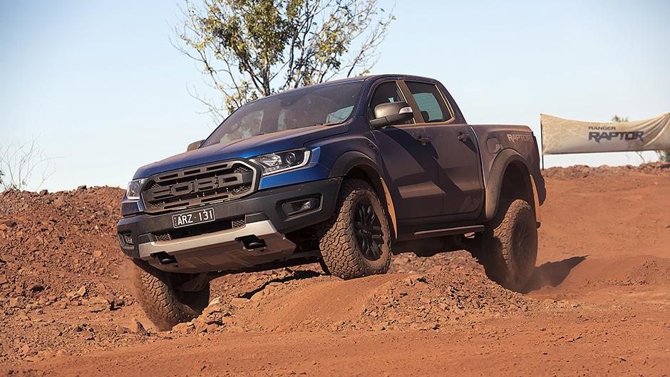 Ford Ranger Raptor-front artic_www
