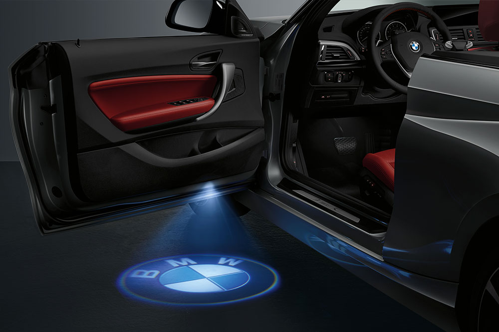 logo-bmw-led-serie-2-cabrio