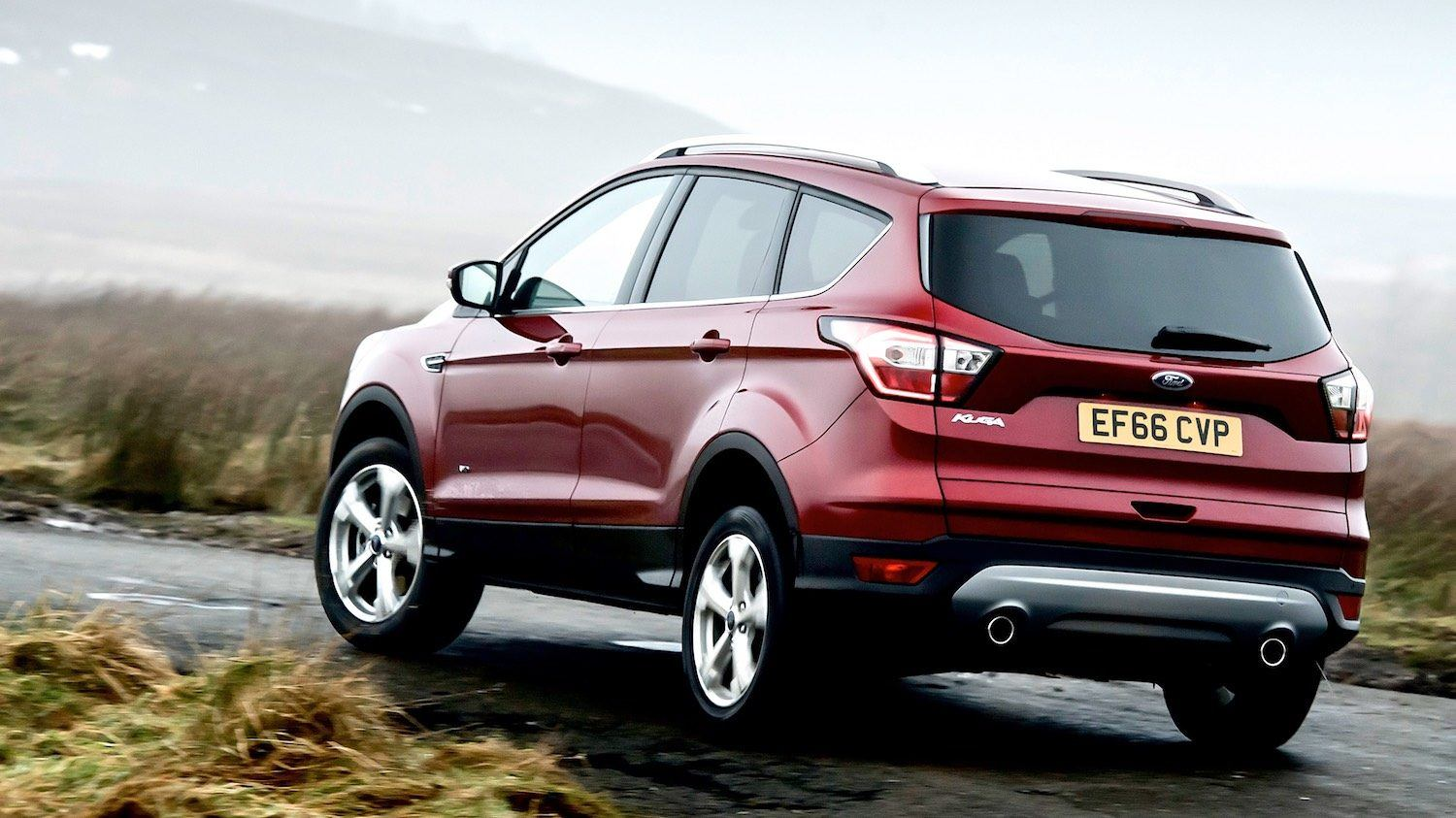 Neil-Lyndon-lives-with-the-2017-Ford-Kuga-Titanium-edition-22-1500x843