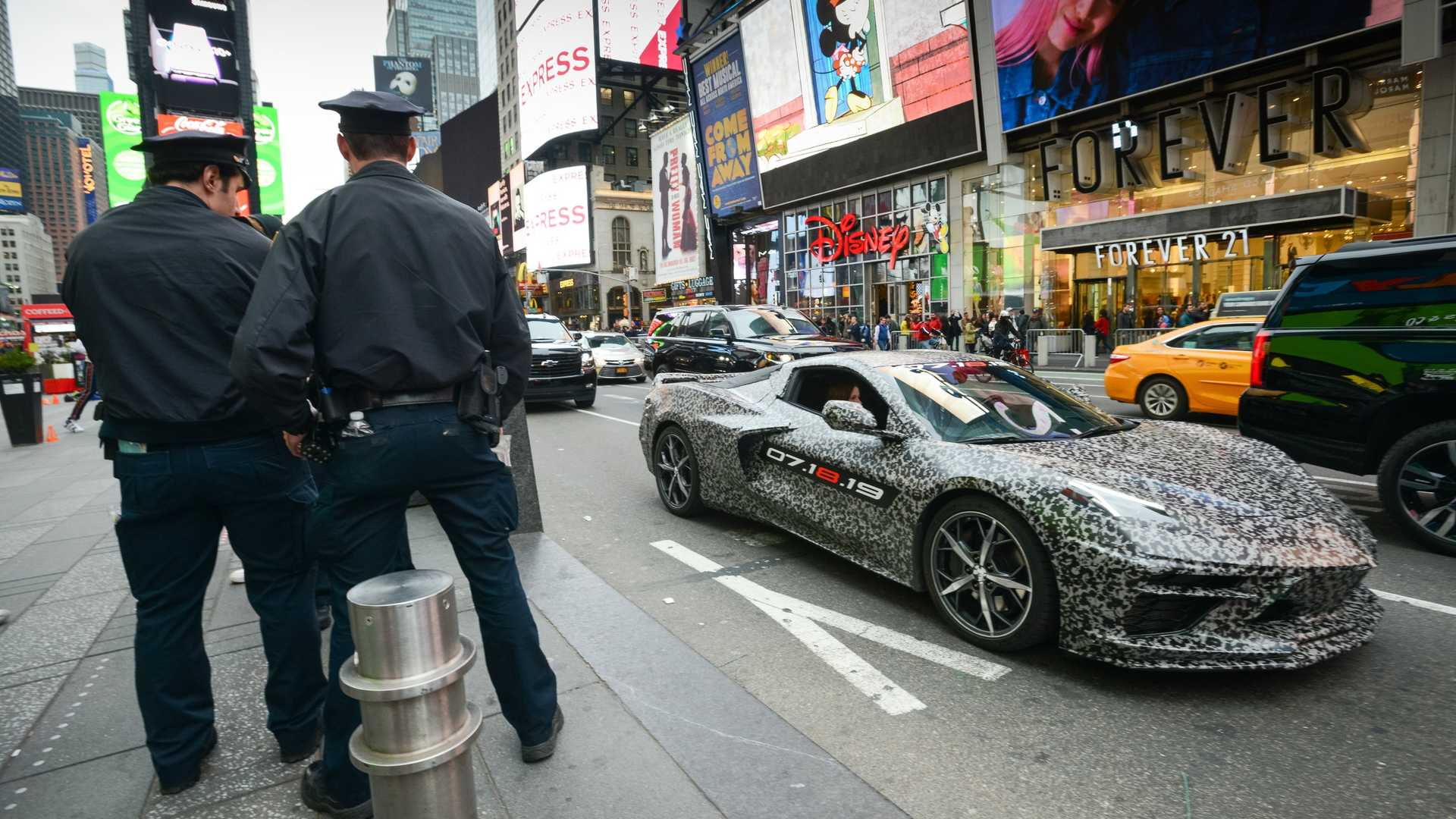 c8-corvette-announcement-new-york
