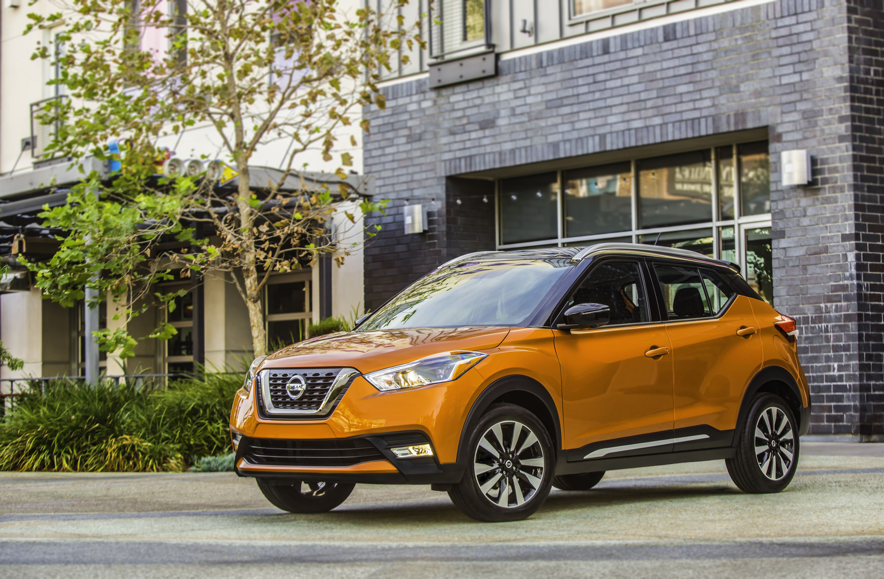 The newest entry in the fast-growing affordable compact crossover market, the bold new 2018 Nissan Kicks becomes the sixth member of the Nissan crossover and SUV line-up – which has experienced record sales in recent years.