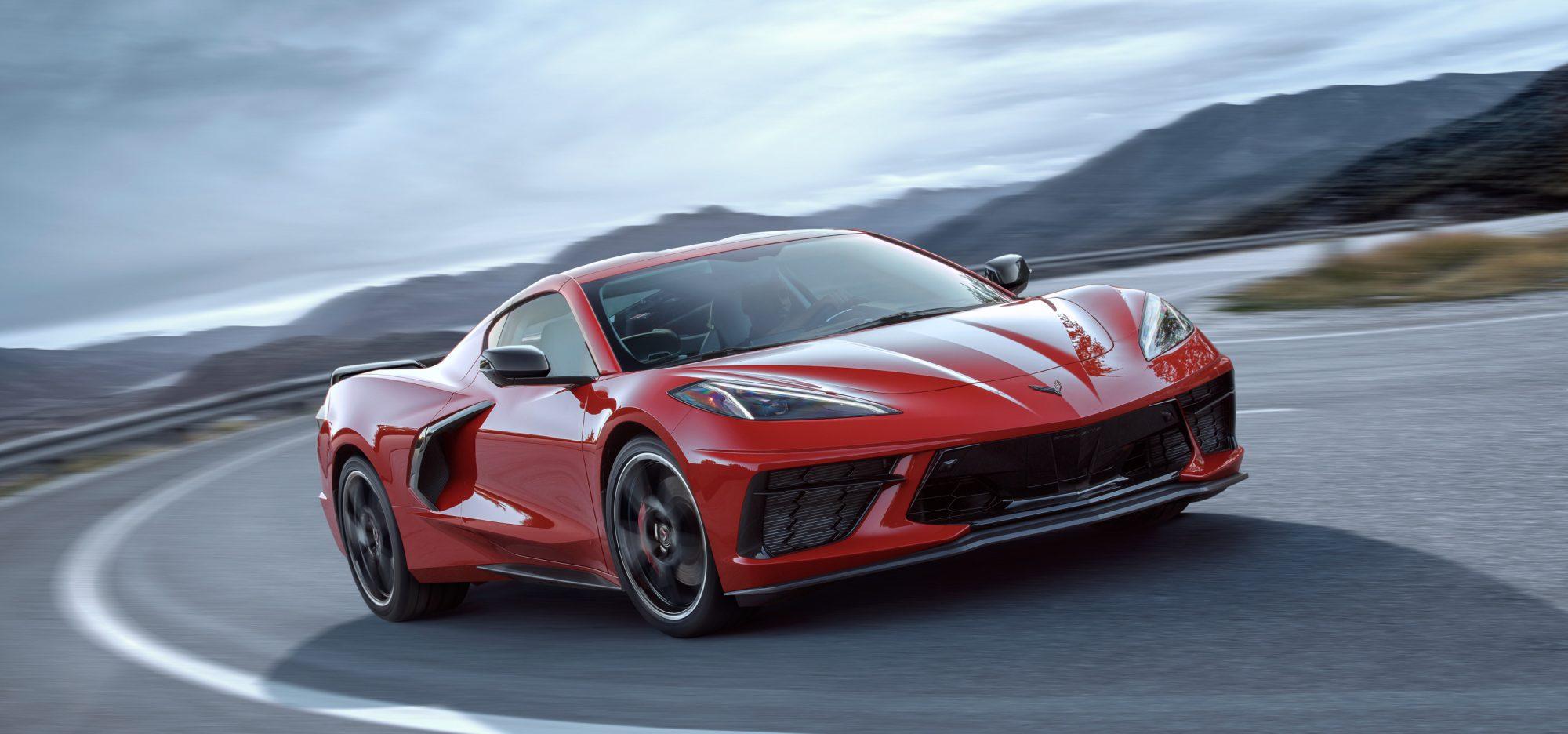 Chevrolet-Media-Chevrolet-Corvette-C8-28-2000x936