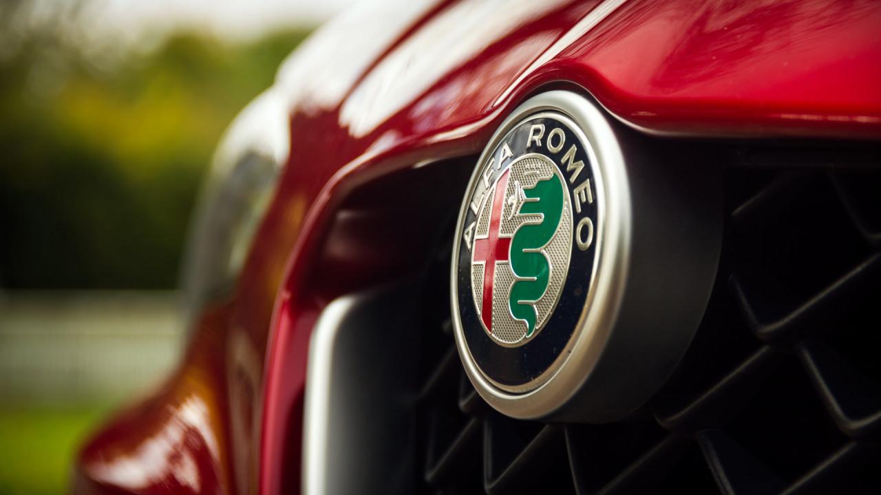 Alfa-Romeo-Giulia-Quadrifoglio-Logo-1280x720