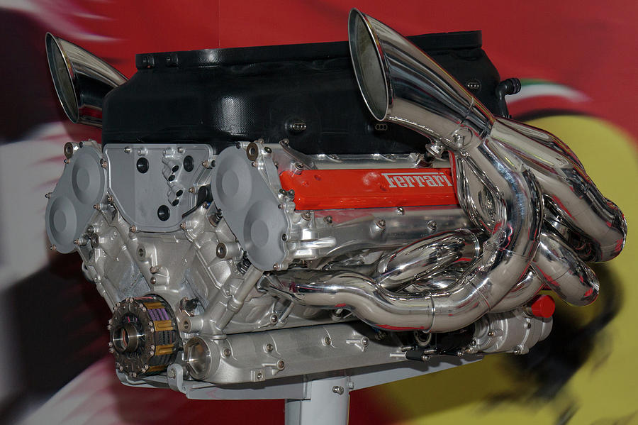 1-ferrari-tipo-052-engine-2003-of-the-ferrari-f2003-ga-paul-fearn
