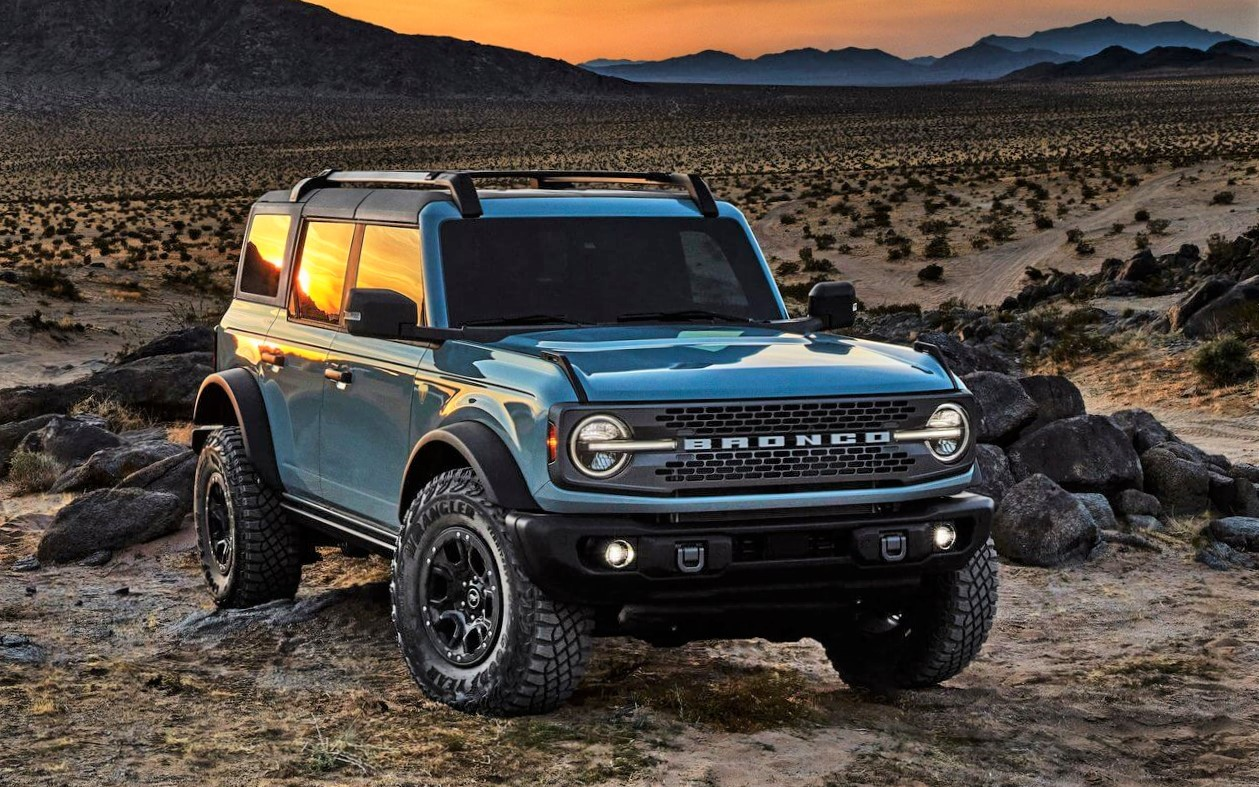 Ford_Bronco_2021-25